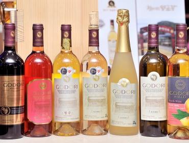 [나보영의 한국 와인 이야기 #2] 유럽인도 인정한 국산 화이트 와인 '청수'