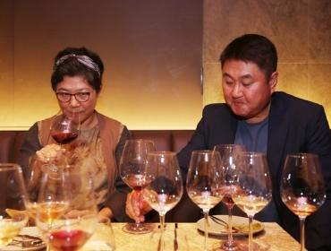 """[전통주 기사] """"한국 와인 맛보고 깜짝 놀랐어요!"""""""